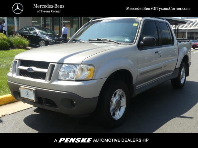 Pre-Owned 2002 Ford Explorer Sport Trac Base