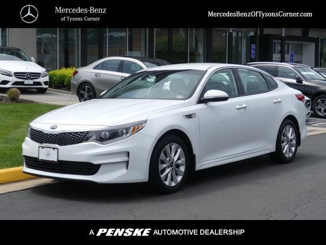 Pre-Owned 2017 Kia Optima EX Automatic