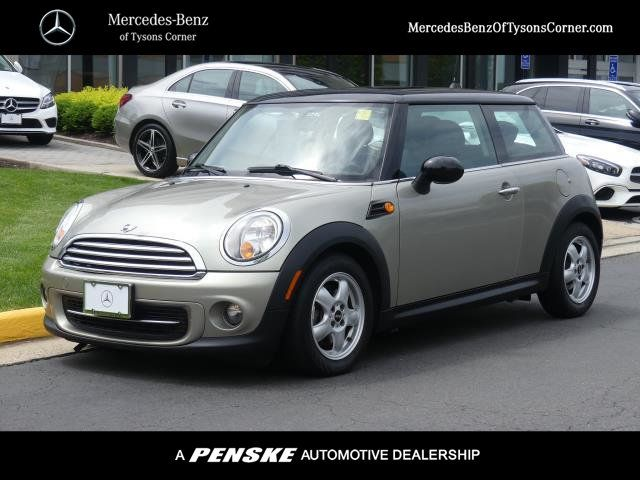 Pre-Owned 2011 MINI Cooper Hardtop 2 Door