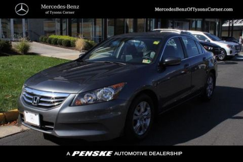 Pre-Owned 2012 Honda Accord Sedan 4dr I4 Automatic SE