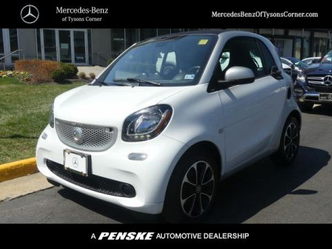 Pre-Owned 2016 smart Fortwo 2dr Coupe Passion
